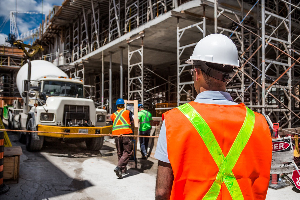 Importance of Safety Barriers at Construction Sites