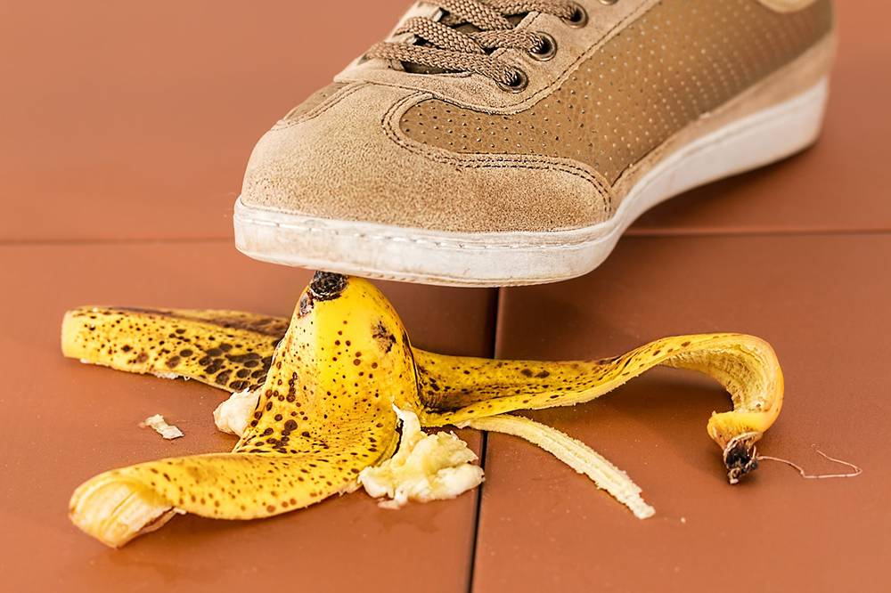 How to Prevent Sprains and Strains in the Workplace